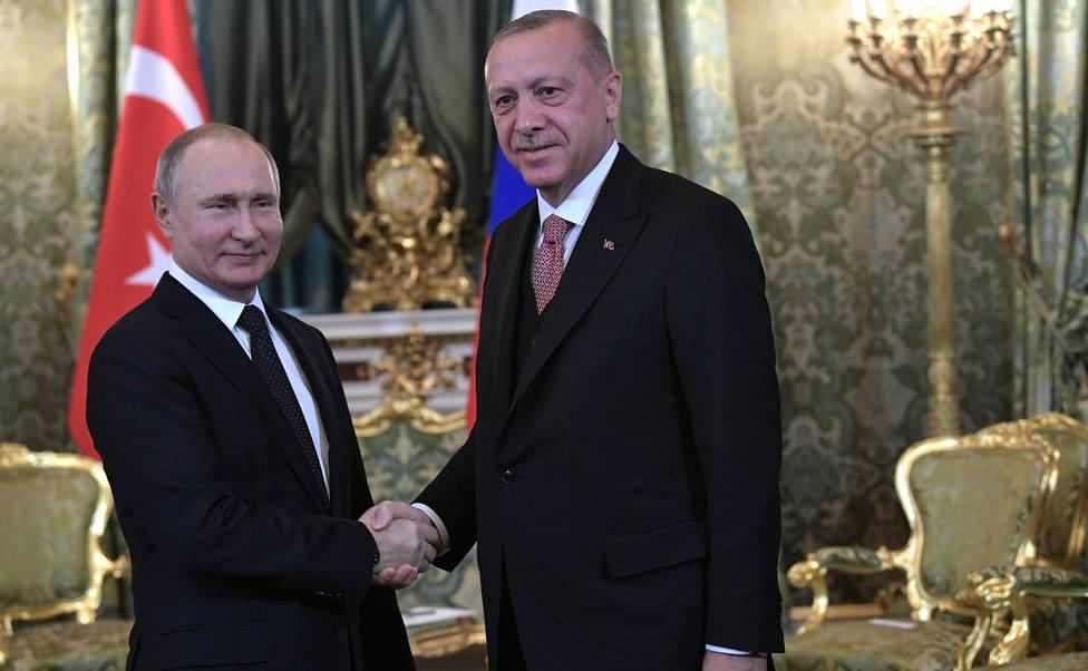 Erdogan anunciará nuevos pasos necesarios sobre la ofensiva en Siria tras su reunión de mañana con Putin