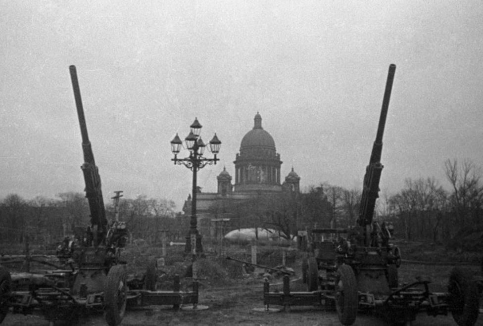 Leningrado, la ciudad que resistió a la Alemania de Adolf Hitler durante más de dos años
