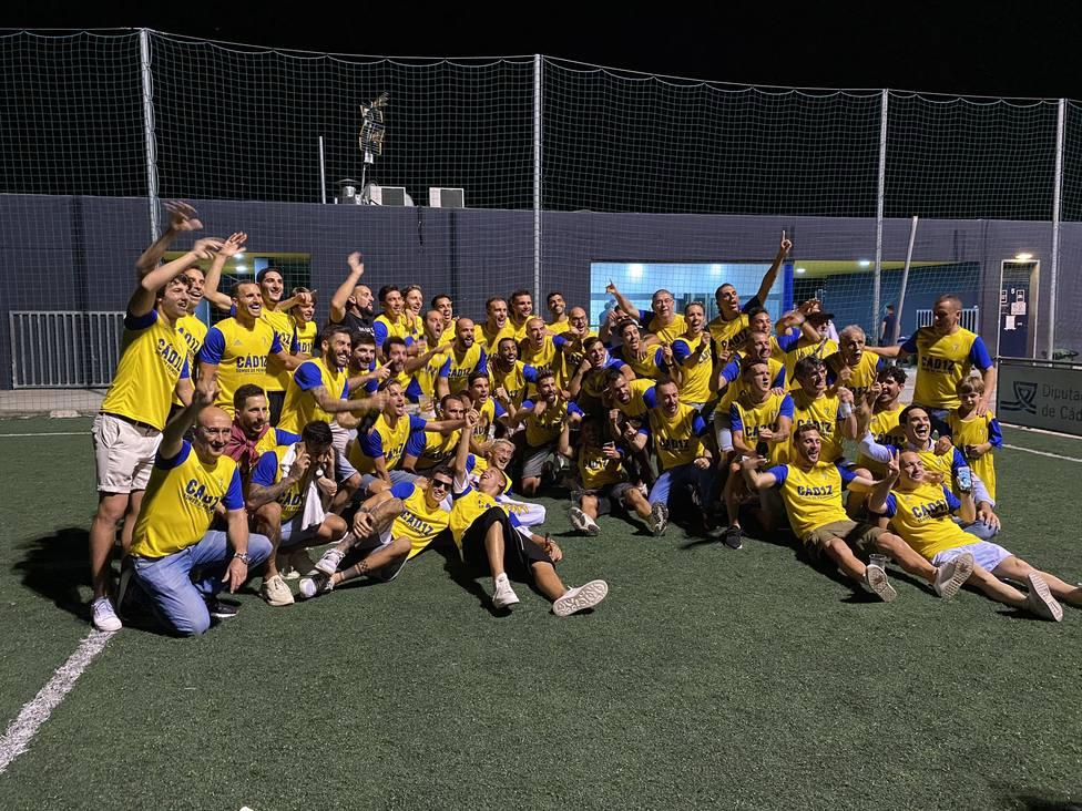 El Cádiz regresa a Primera quince años después