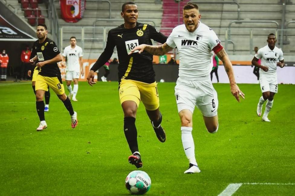 El Augsburgo supera al Dortmund y se coloca líder de la Bundesliga