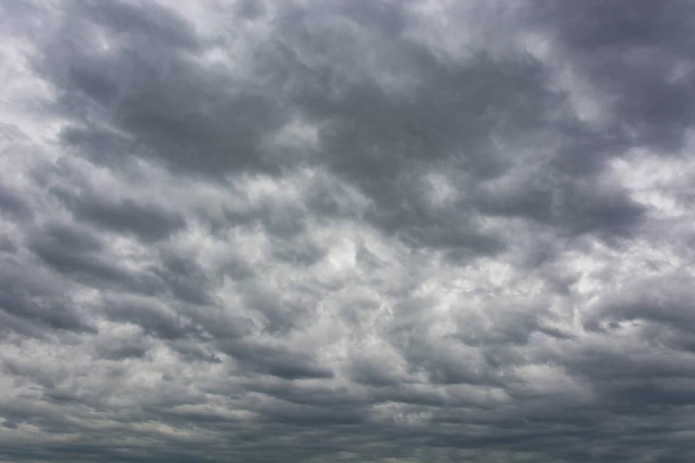 Se esperan fuertes lluvias en la Sierra | FOTO: Freepik/ evening_tao