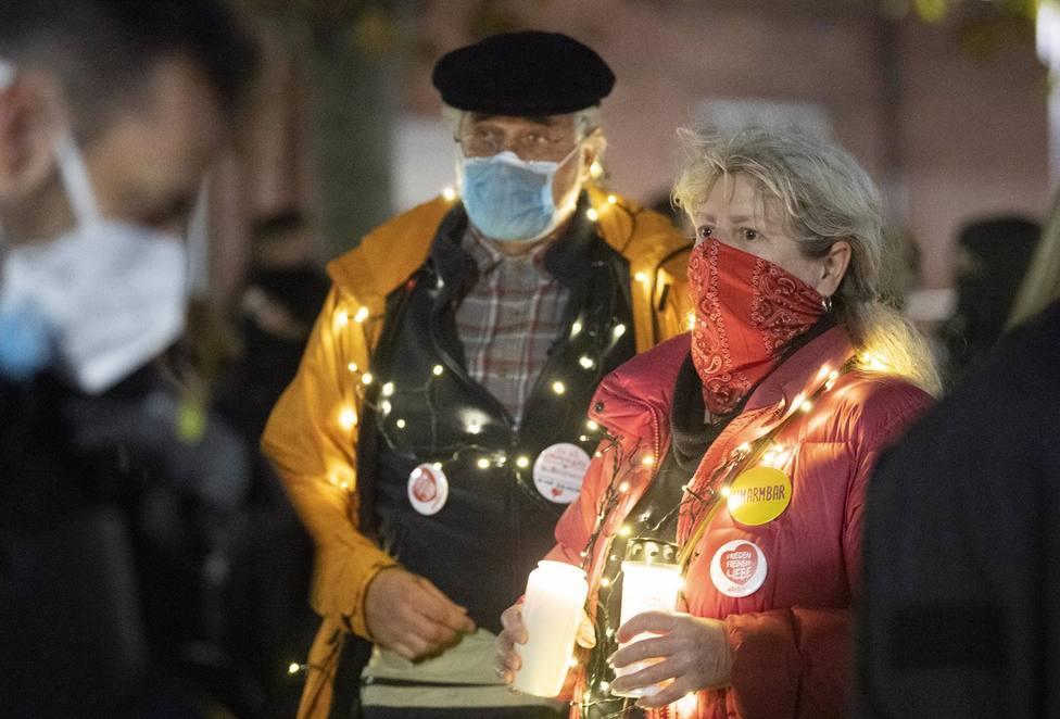 Alemania bate el récord diario con 598 muertos por coronavirus y suma 29.875 casos nuevos