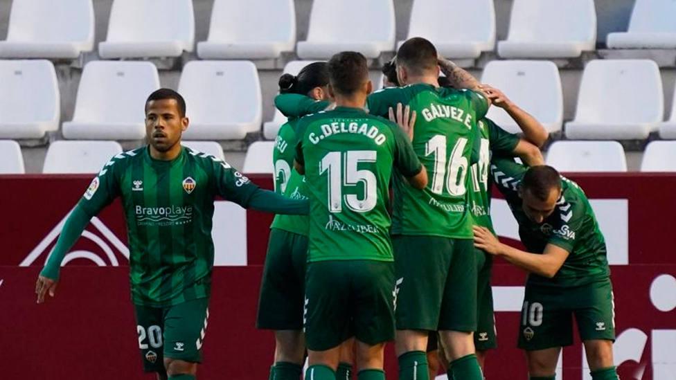 El Castellón celebra el gol marcado en Albacete (LaLiga)