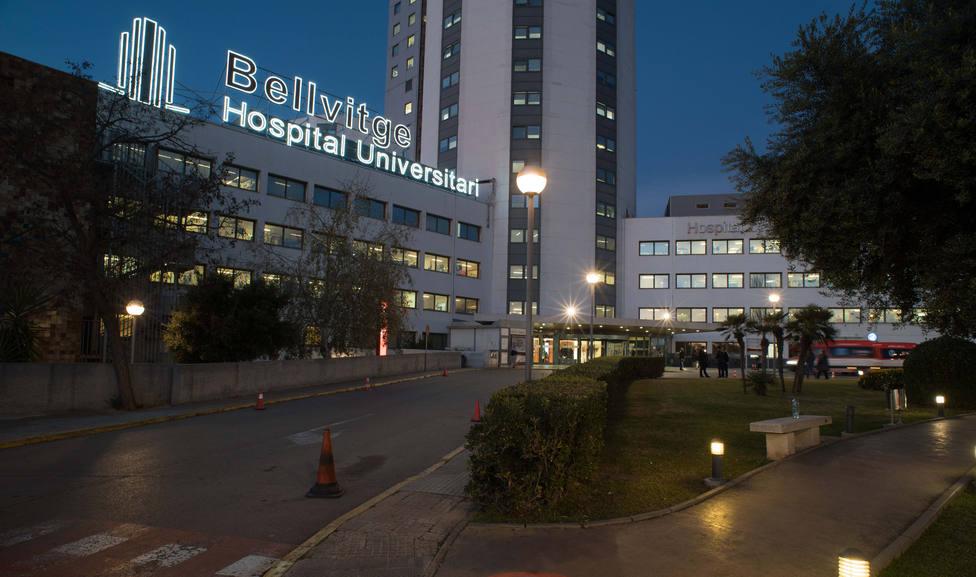 Edificio del Hospital de Bellvitge en lHospitalet de Llobregat - HOSPITAL DE BELLVITGE