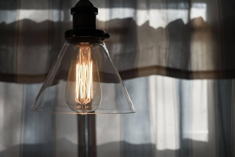 2021 podría cerrar con la factura de la luz más cara de la historia
