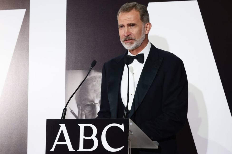 El Rey reivindica la función social del periodismo y recuerda que debe seguir en guardia