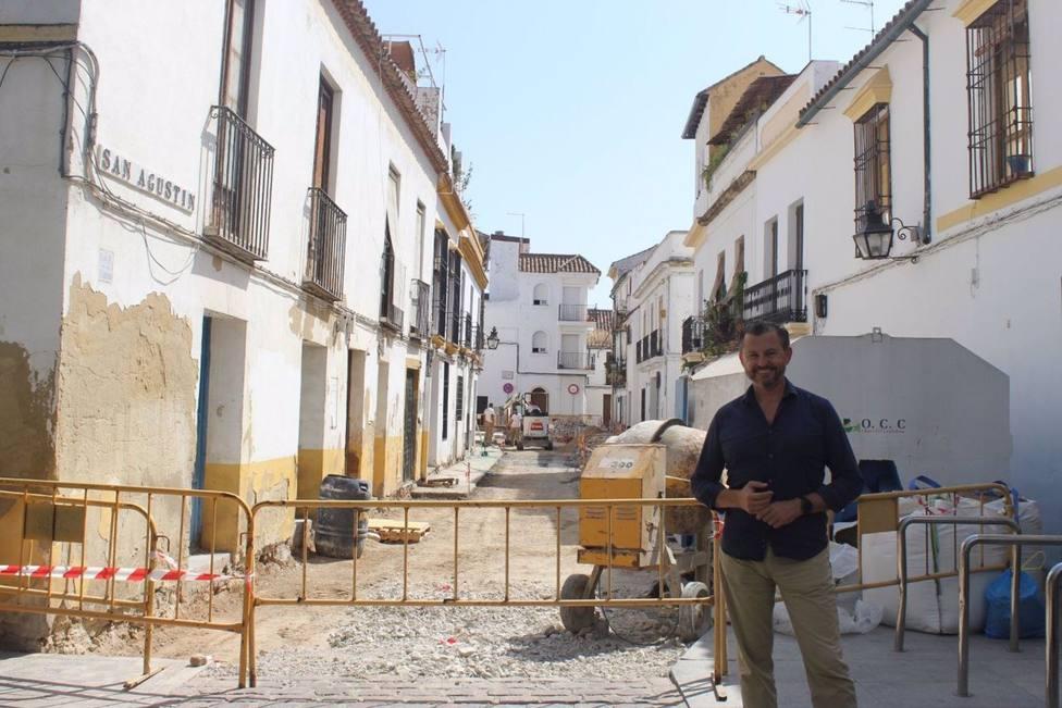 El Ayuntamiento reforma la calle San Agustín para mejorar la accesibilidad y condiciones de acerados y calzada