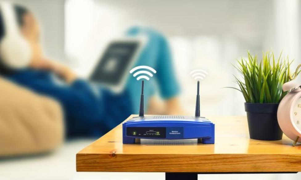 Colocar el router en el centro de la vivienda es clave para tener mejor señal.