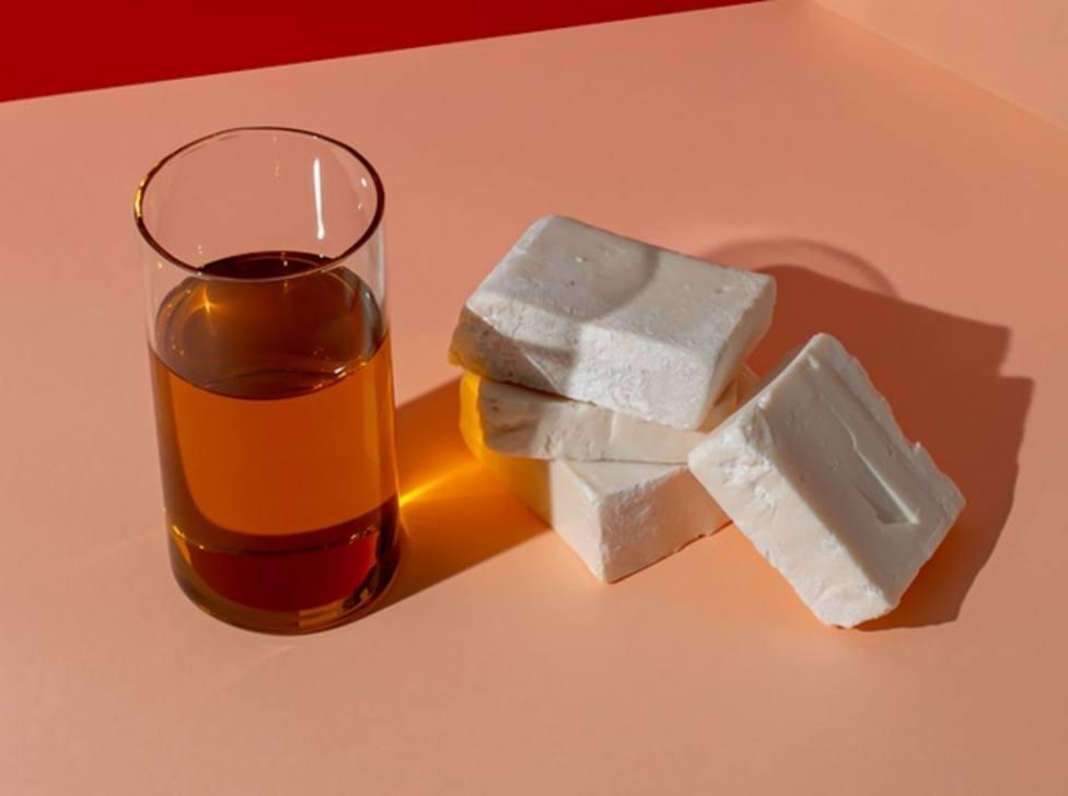 """Una """"cafetera de cápsulas"""" que convierte el aceite usado en jabón"""