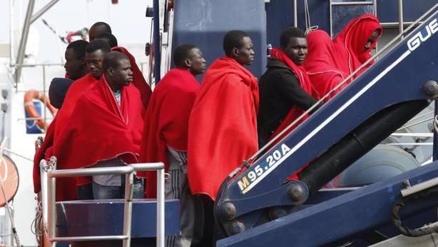 Más de 300 personas pierden la vida en el Mediterráneo intentando llegar a Europa