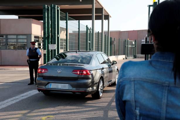 El presidente Torra y la consejera Artadi, visitan a los líderes independentistas presos