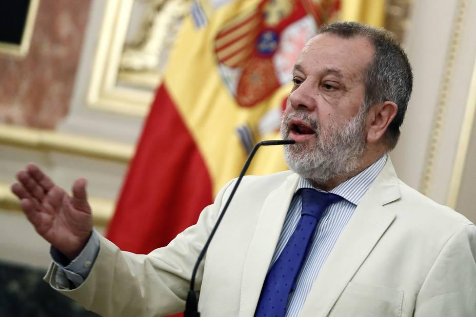 El Defensor del Pueblo, Francisco M. Fernández Marugán.