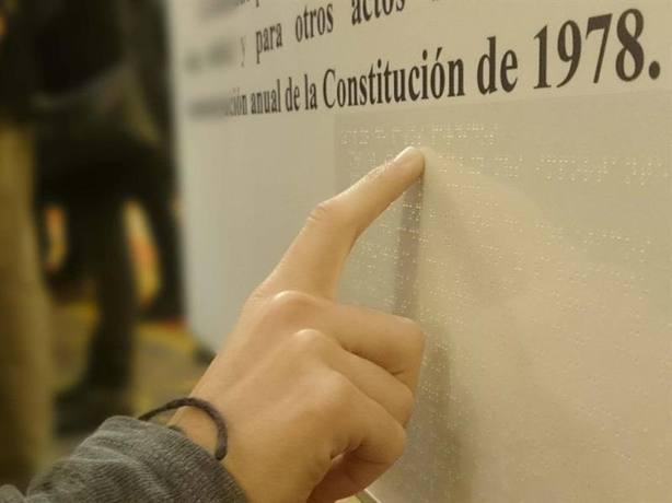 El Congreso acuerda su propuesta para eliminar disminuido de la Constitución, que el Consejo de Ministros estudiará