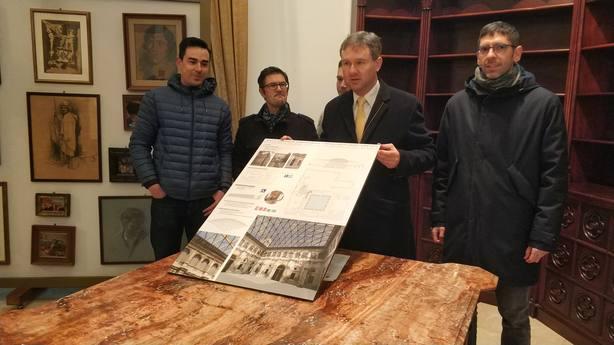El alcalde de Burgos, Javier Lacalle, testigo de la firma del acta de replanteo de las obras de San Juan.