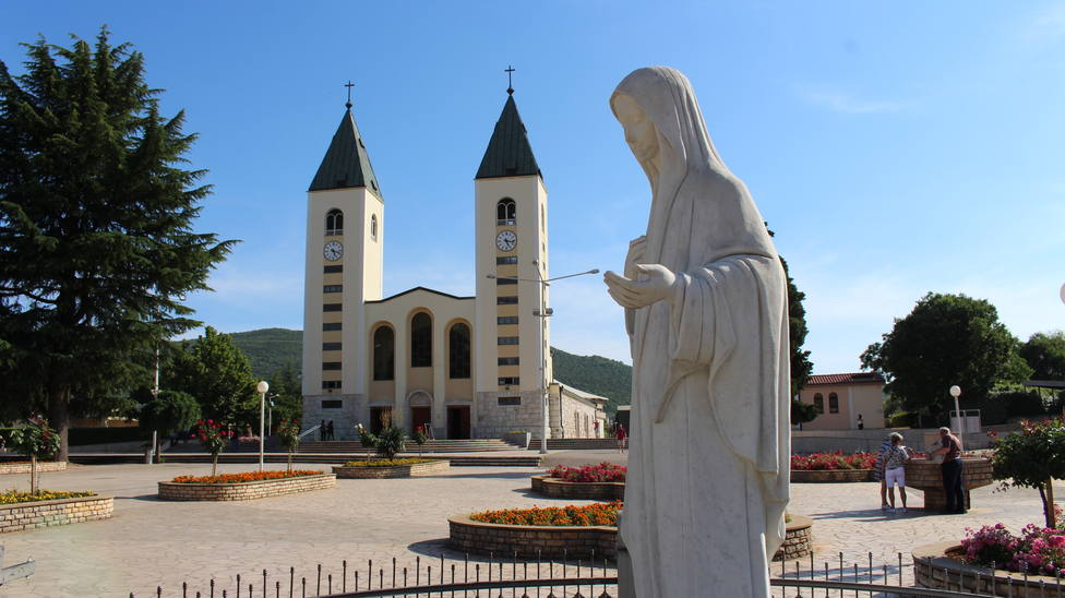 El Papa autoriza las peregrinaciones a Medjugorje
