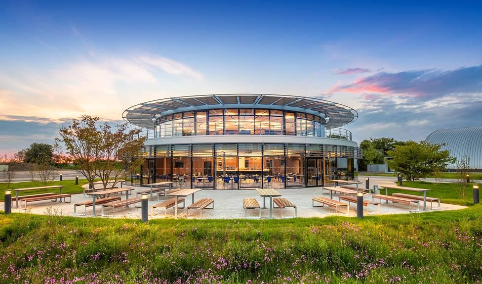 Dyson dota de una residencia de estudiantes a su campus tecnológico de Malmesbury (Reino Unido)