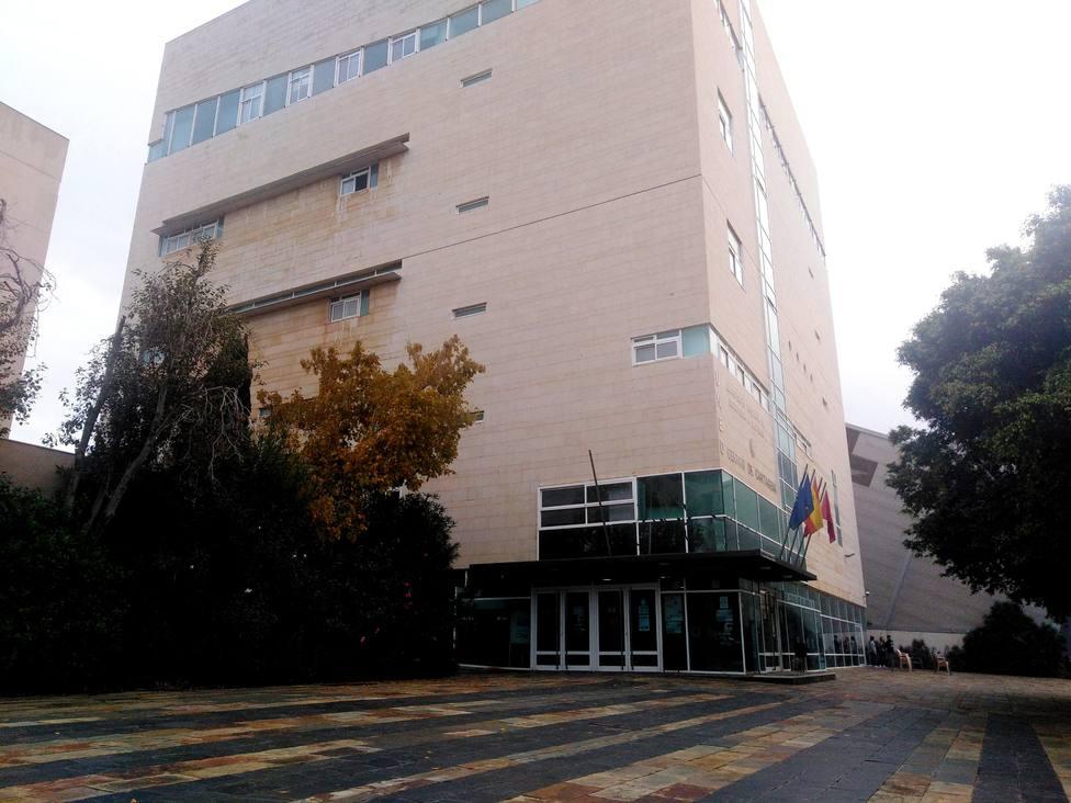 El centro de la UNED en Cartagena impartirá Magisterio el próximo año