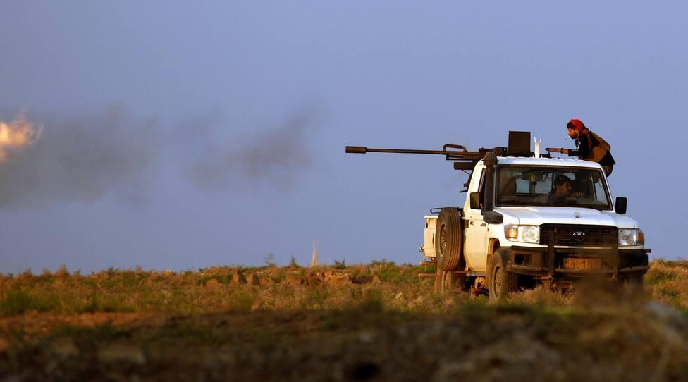 Siguen los combates entre fuerzas proturcas y milicias kurdas un mes después de la ofensiva de Ankara en Siria