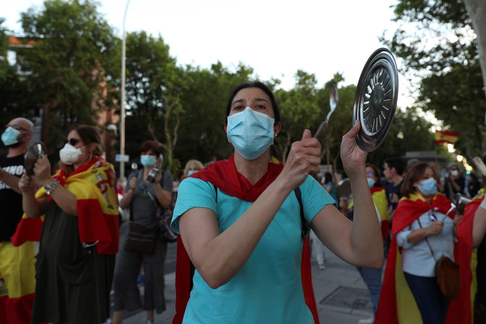 Cacerolada en contra del Gobierno en Madrid
