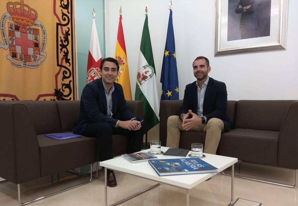 El portavoz de Vox en el Ayuntamiento de Almería deja el partido y solicita pasar al grupo de no adscritos