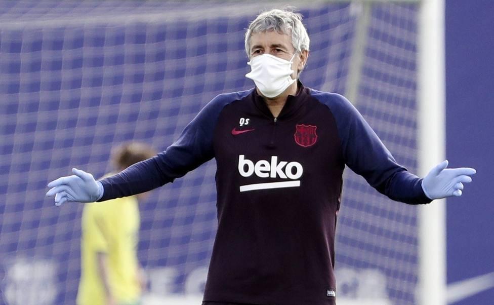 Quique Setién, entrenador del Barça, durante un entrenamiento