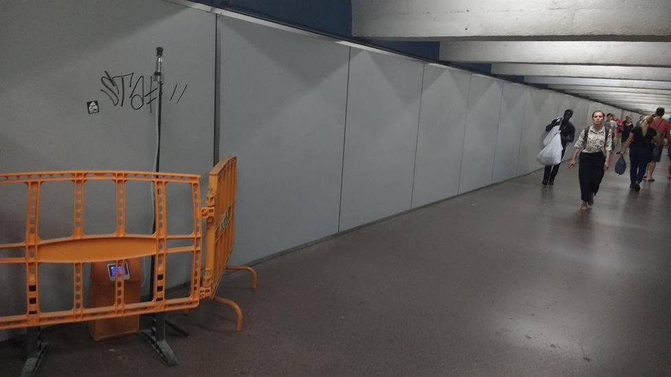 TMB cerrará el pasillo de la estación de Metro de Passeig de Gràcia por obras a partir de este viernes