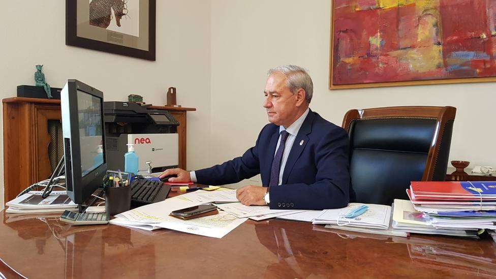 Tomé no ve todavía a Miñones como un relevo al frente de la Secretaría General del PSdeG
