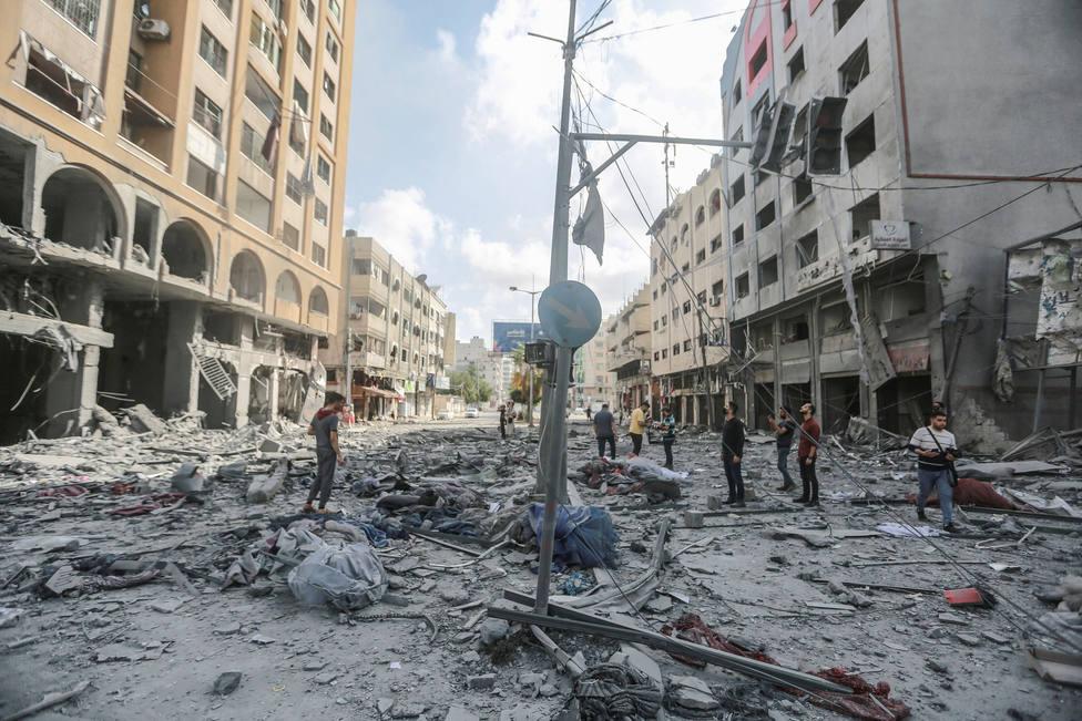 Ascienden a más de 50 los palestinos muertos y a más de 300 los heridos por los bombardeos en Gaza