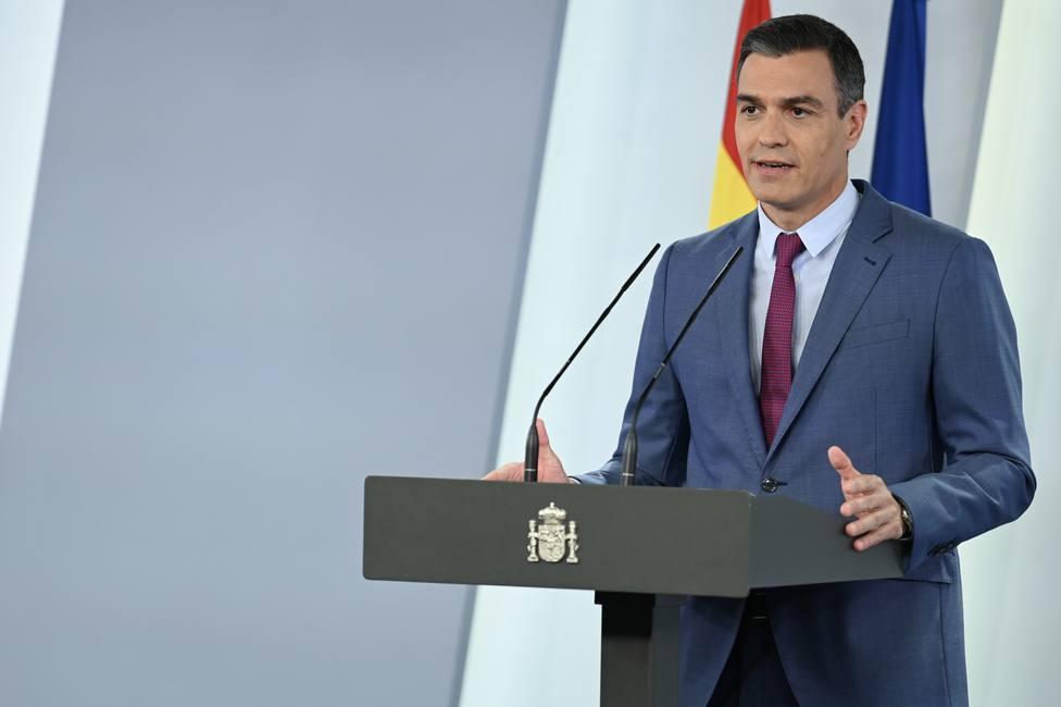 Sánchez subraya el rejuvenecimiento del Gobierno tras la marcha de Calvo o Ábalos: Comienza la recuperación