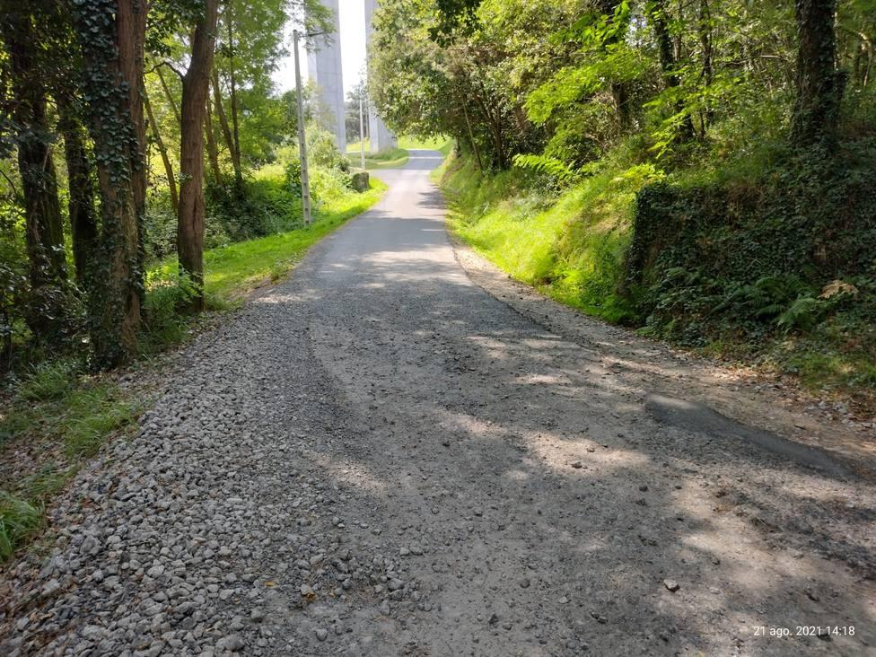 Estado de una carretera en el concello de Fene. FOTO: PP Fene