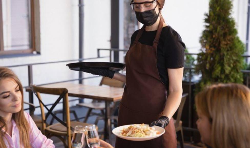 ctv-gu4-covid-contagio-mascarilla-bar-restaurante-cerrado--5180