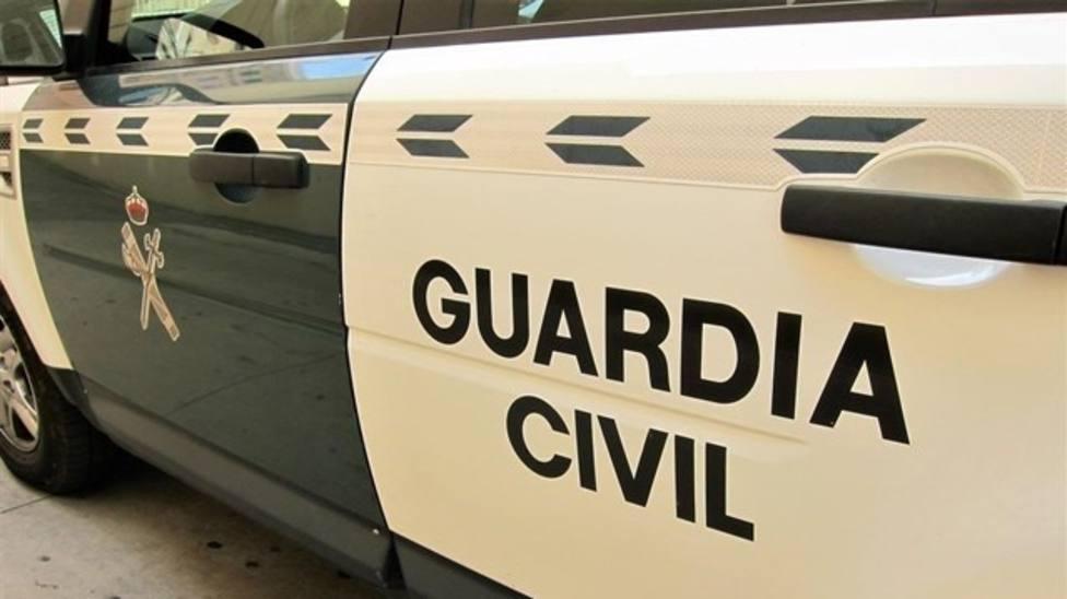 Muere un joven tras chocar contra un poste de la luz en Gijón