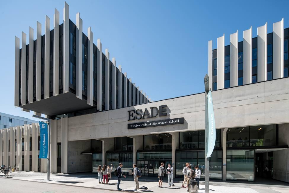 Esade cierra el curso académico 2017/2018 con una facturación de 108 millones de euros, un 5% más