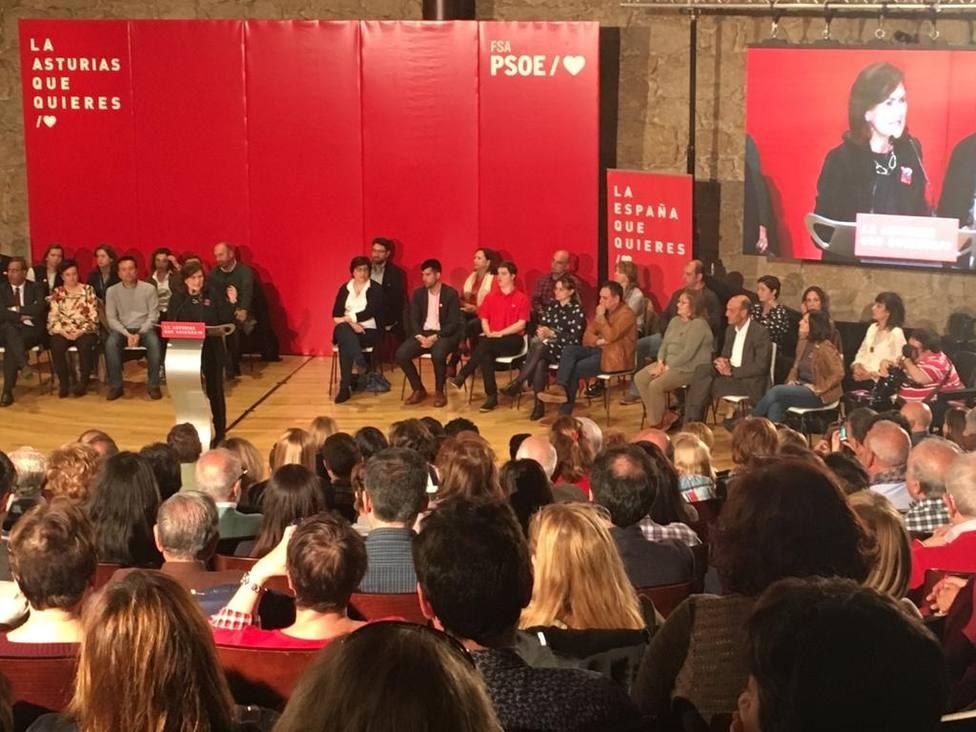 Calvo afirma que la historia vuelve a retar al PSOE y anima a pasar el voto de las encuestas a las urnas