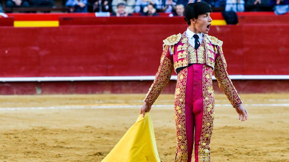Borja Collado durante su actuación en la última Feria de Fallas de Valencia