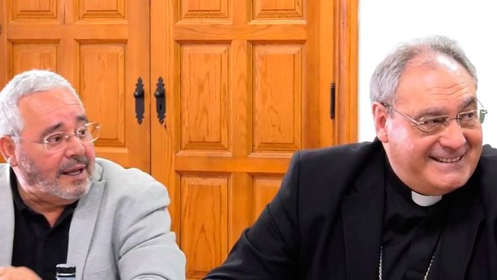 Gonzalo Giménez, secretario general de la Fundación y Mons. José María Gil Tamayo, obispo de Ávila