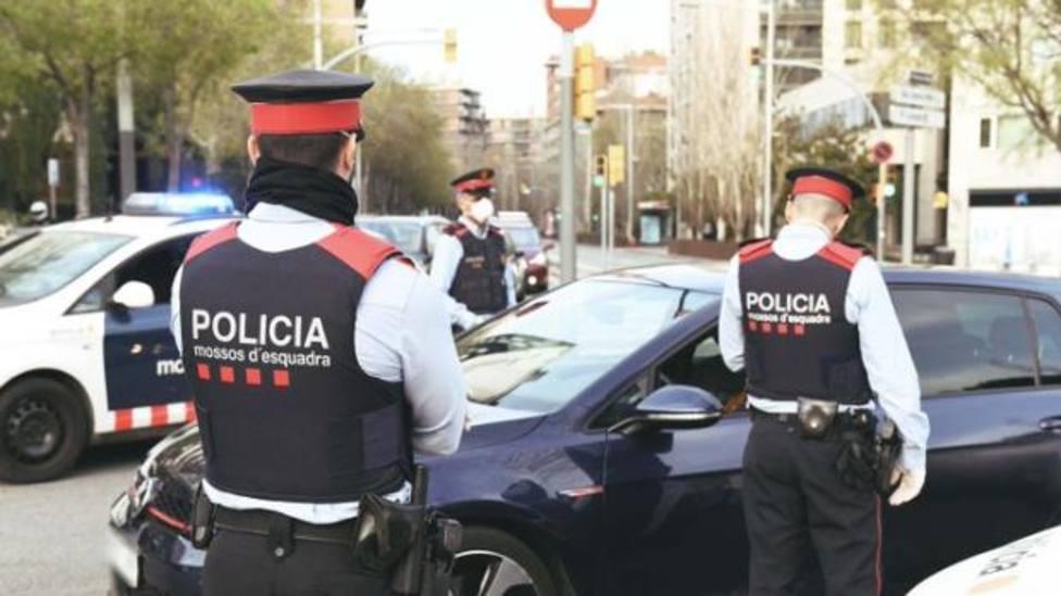 Los Mossos han detenido al autor de 22 robos de vehículos en Barcelona