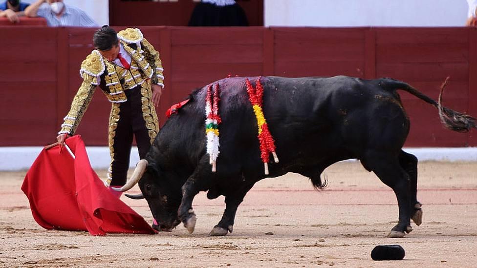 Derechazo de Diego Urdiales a Finito de Zacarías Moreno en Colmenar Viejo