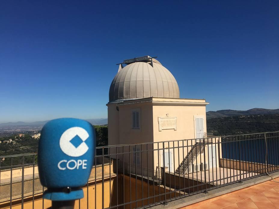 Vista de una de las cúpulas giratorias de uno de los telescopios del Observatorio Vaticano en Castelgandolfo