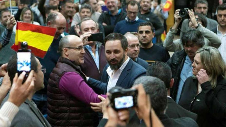 Abascal: En España fallaron los políticos y funcionaron los tribunales, los fiscales y también la Corona