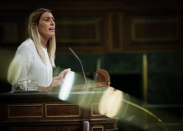 La vicepresidente del PDeCAT niega que Puigdemont busque bloquear España: Diálogo sí, pero sin bajarse los pantalones