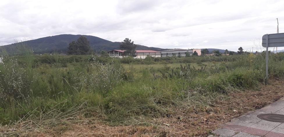 Terrenos que ocupará el centro comercial de Verín