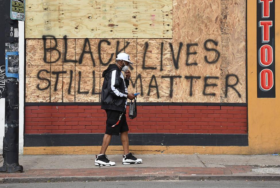 Al menos 40 ciudades de EEUU imponen el toque de queda debido a los disturbios por la muerte de George Floyd