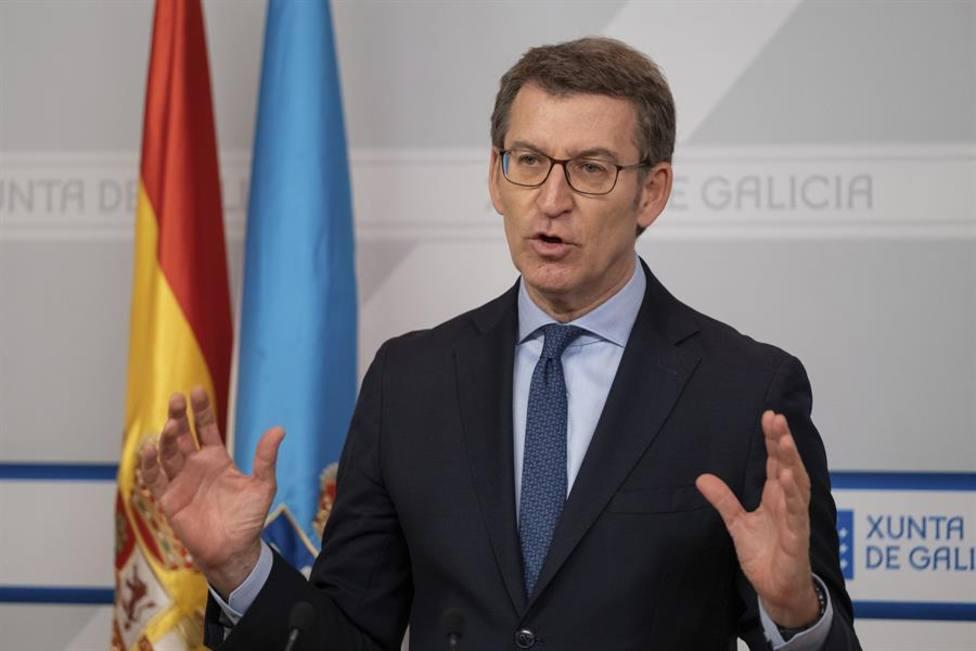 Feijóo reivindica su enorme victoria e imita a Fraga: Los gallegos no queremos ni tutelas ni tutías