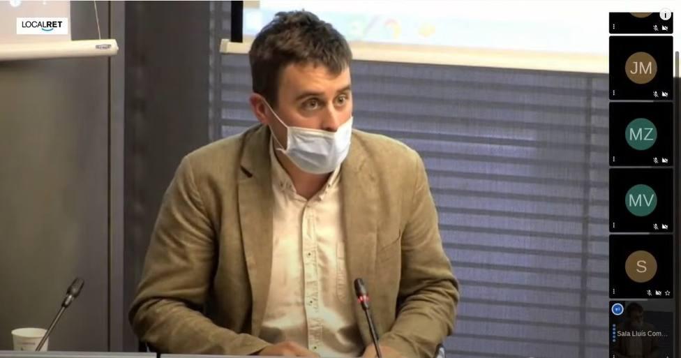 Barcelona pide revisar el aforamiento de la familia real e investigar casos de corrupción, con el apoyo del PS