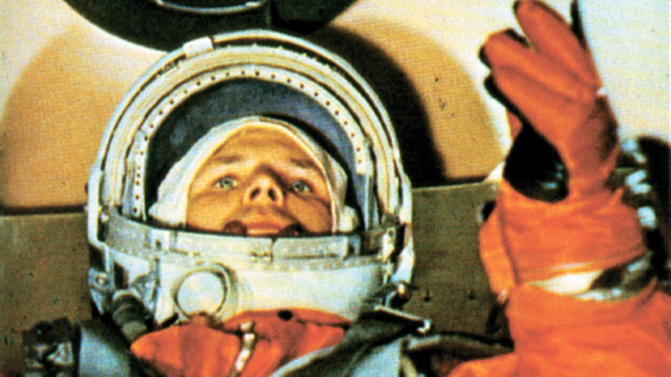La extraña tradición de los astronautas rusos antes de viajar al espacio que ha perdurado durante sesenta años