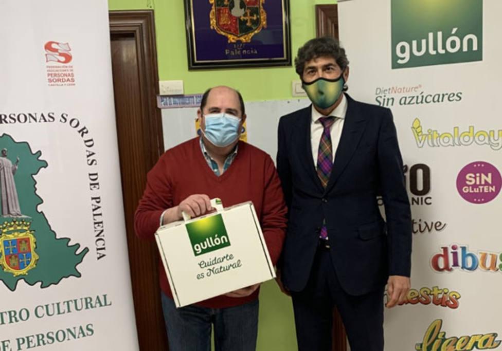 Galletas Gullón facilita mascarillas transparentes a las personas con discapacidad auditiva de Palencia