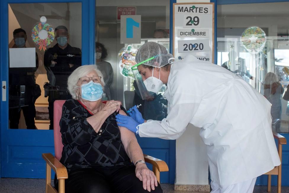 Las personas vacunadas en España alcanzan los 139.339 : 56.505 más en las últimas 24 horas