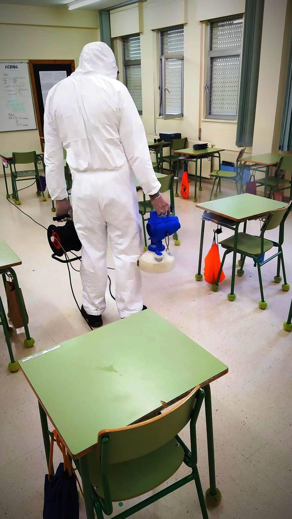 Foto EMULSA nebulización de aulas Covid