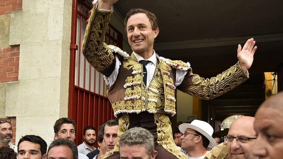 Rafaelillo, en un imagen de archivo, salió a hombros este martes en la plaza de Castellón